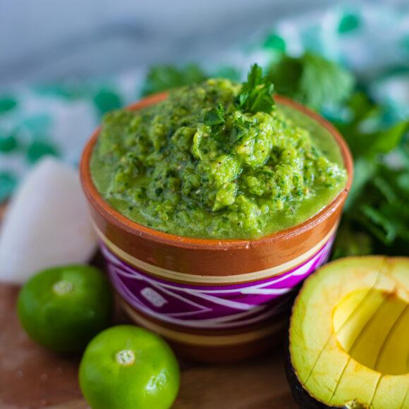 Salsa verde de aguacate